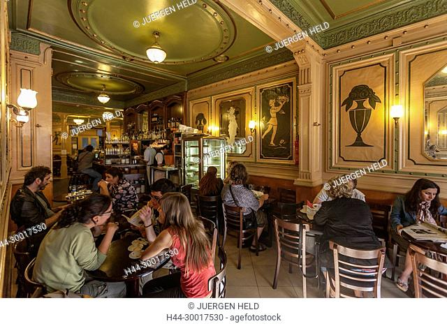 Spain, Catalonia, Barcelona, Rambla, Cafe de Opera