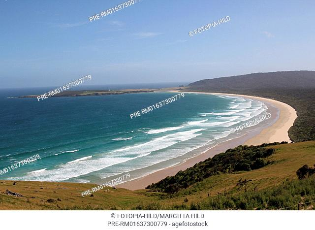 View from Florence Hill lookout across Tautuku Bay to Tautuku Peninsula, The Catlins Coast, South Island, New Zealand / Blick vom Florence Hill lookout über die...