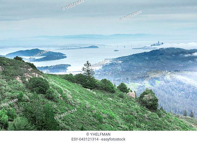 Views include San Francisco skyline, San Francisco-Oakland Bay Bridge, Alcatraz Island, Angel Island, Tiburon, Sausalito, and East Bay mountains