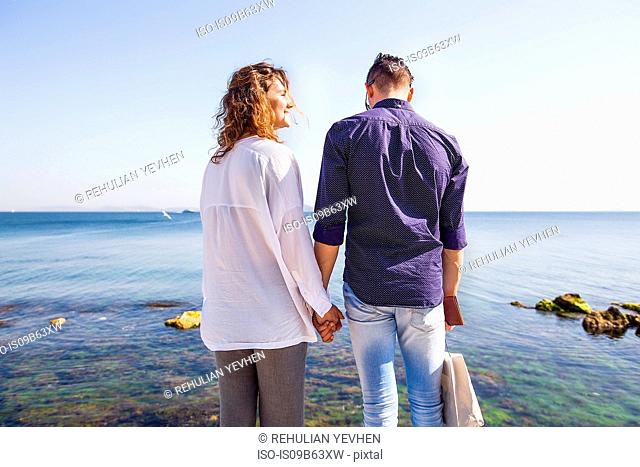 Couple on holiday by the seaside, Istanbul, Turkey, Asia