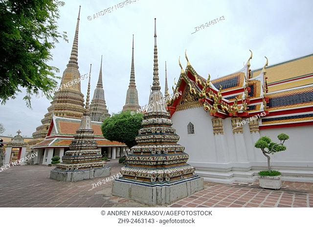 Wat Pho - Temple of the Reclining Buddha, its official name is Wat Phra Chetuphon Vimolmangklararm Rajwaramahaviharn, Phra Nakhon district, Bangkok, Thailand