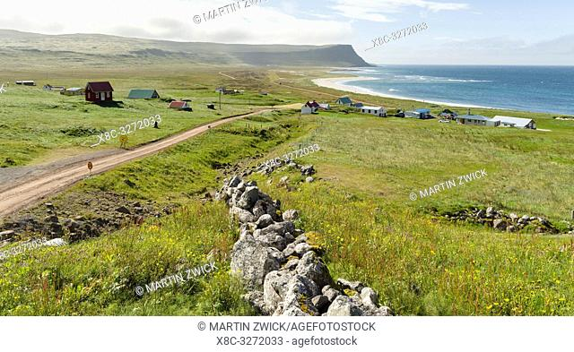 Settlement and beach at Hvallatur. The remote Westfjords (Vestfirdir) in north west Iceland. Europe, Scandinavia, Iceland