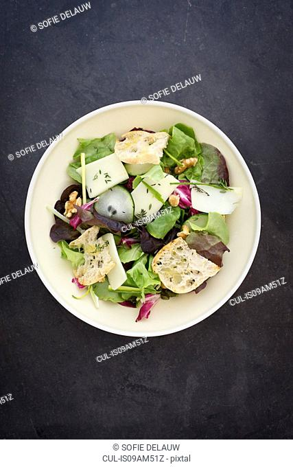 Cucumber, herbs, pecorino cheese, thyme, walnuts salad with toasted bread