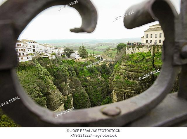 'El Tajo' canyon or gorge of Ronda from New Bridge, Puente Nuevo, Guadalevín River, Ronda, White Towns, Malaga province, Andalusia, Spain, Europe