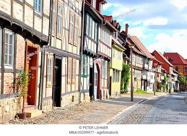 Germany, Saxony-Anhalt, Quedlinburg, house line, half-timbered houses