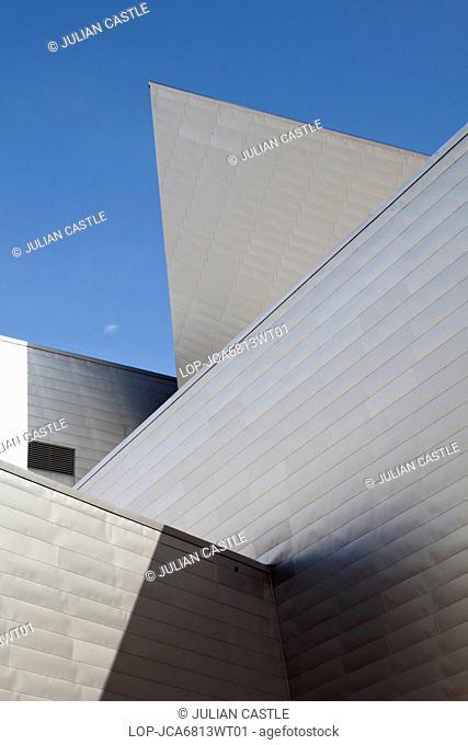 USA, Colorado, Denver. The Frederic C Hamilton Building at Denver Art Museum