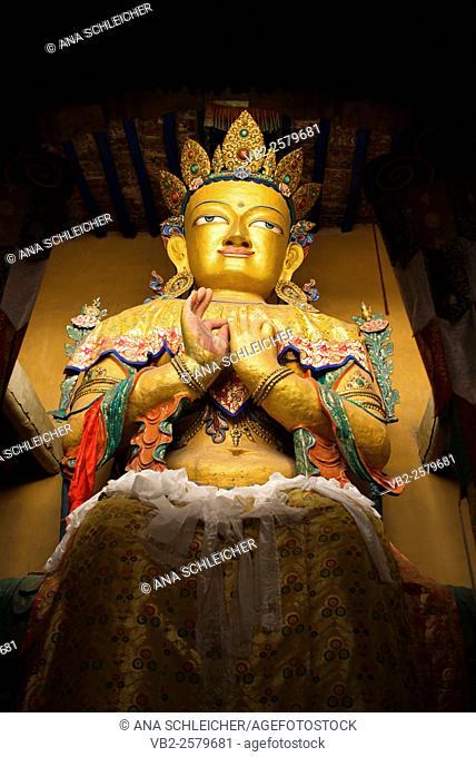Golden giant buddha in Leh's Namgyal Tsemo monastery (Ladakh, India)