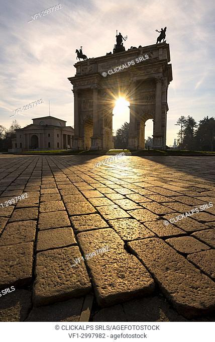 .Milan, Lombardy, Italy. Porta Sempione or Arco della Pace at sunrise