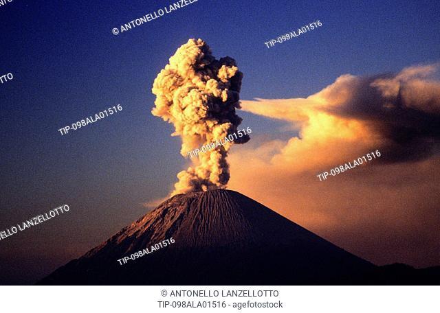 Asia, Indonesia, East Java, Bromo Tengger Semeru National Park, Tengger caldera, volcano