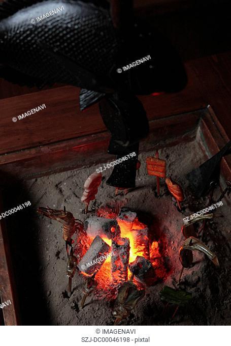 RobatayakiBarbecue grilled in sunken hearth