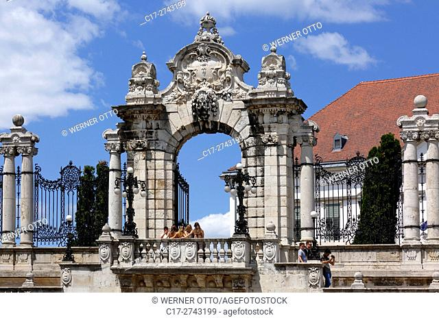 Hungary, Central Hungary, Budapest, Danube, Capital City, castle hill in Buda, Habsburg Gate between Buda Castle and Sandor Palace, UNESCO World Heritage Site