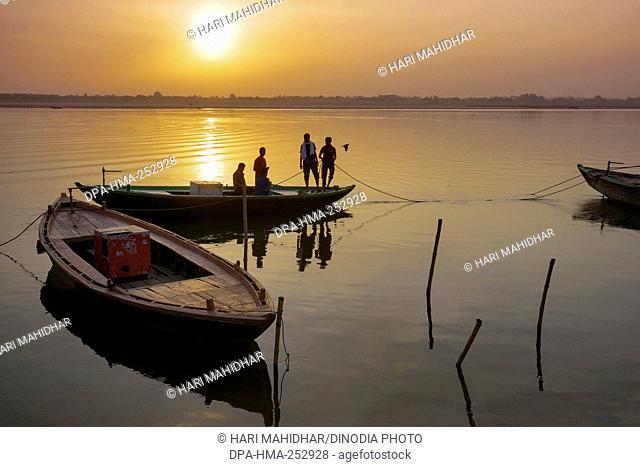 Sunrise, ganga river, varanasi, uttar pradesh, india, asia
