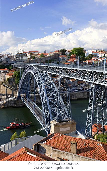 Ponte Dom Luis1 Bridge over Rio Douro Ribeira Porto Portugal.1015