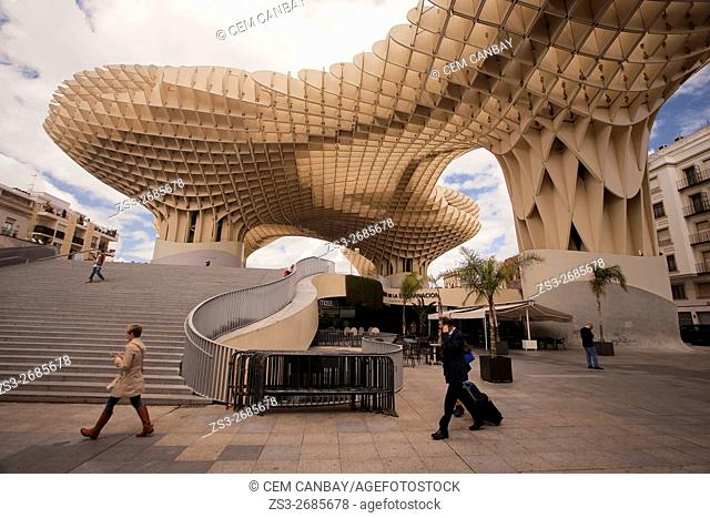 People in front of the Metropol Parasol in Plaza de la Encarnación Square, Seville, Andalusia, Spain, Europe