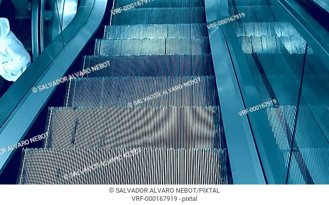 Down escalators