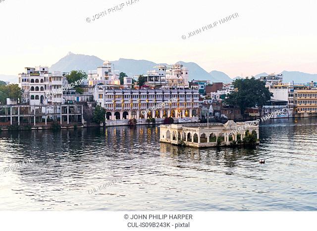 Lake Pichola, Udaipur, Rajasthan, India