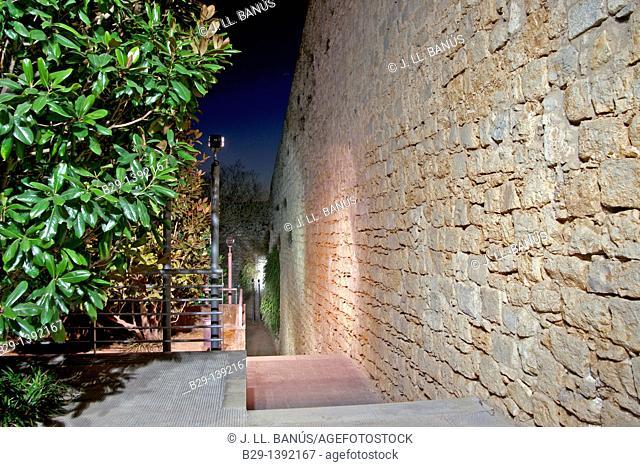 City walls, Girona, Catalonia, Spain