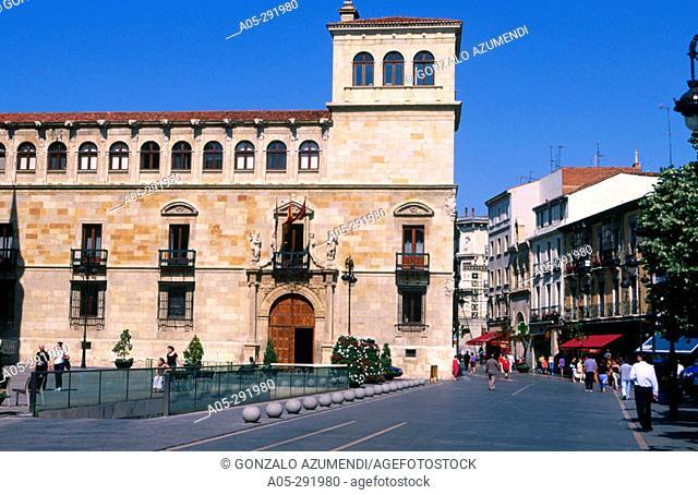 Palacio de los Guzmanes (seat of the Diputacion Provincial de Leon). Leon. Castilla-Leon. Spain