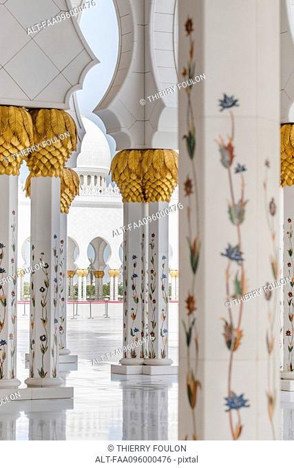 Ornate columns, Sheikh Zayed Mosque, Abu Dhabi, United Arab Emirates