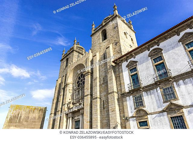 Roman Catholic Se Cathedral in Porto city on Iberian Peninsula, second largest city in Portugal. View with Cloister and Chapter House building