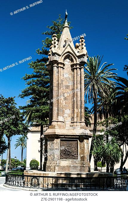 War Memorial dedicated to the Spanish soldiers who died during the African War of 1859-1860, Plaza de Ã. frica, Ceuta, autonomous city, Spain, North Africa