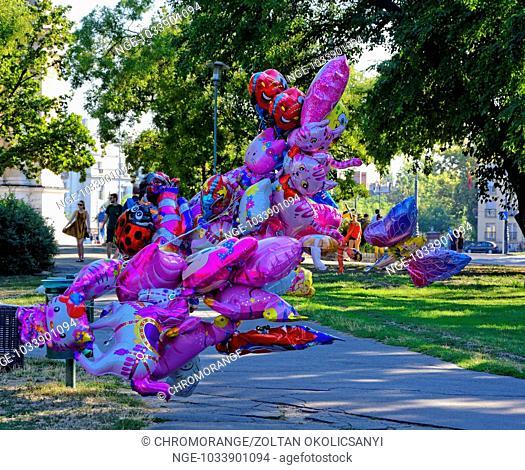 Glittering foil balloons, gas of balloons