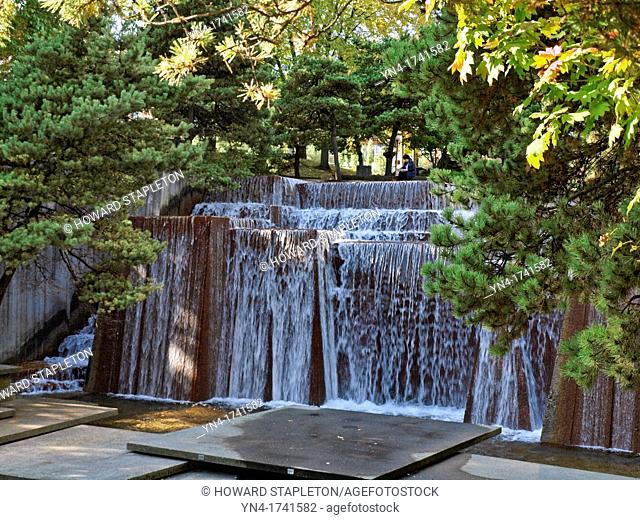 Ira Keller Fountain in downtown Portland, Oregon Originally named the Forecourt Fountain because it is located across the street from the Civic Auditorium which...