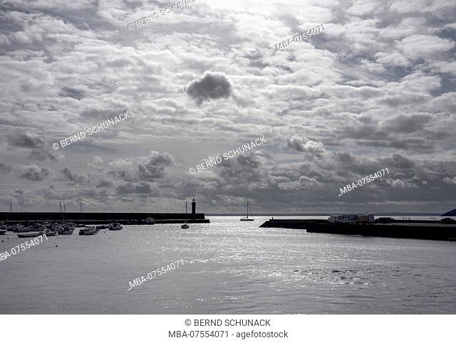 Port entrance of Binic, Brittany, high tide, contre-jour