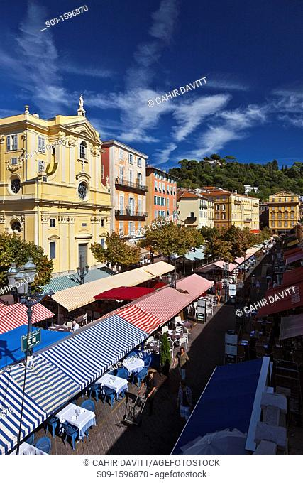The street market stalls and restaurants of Place Charles Felix in the old town of Nice, Nizza, Nice, Provence Alpes Cote d'Azur, France