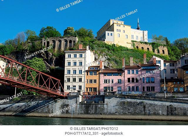 France, Lyon, Quays of the Saône River, Quai Saint-Vincent, Passerelle de l'homme de la Roche, Photo Gilles Targat
