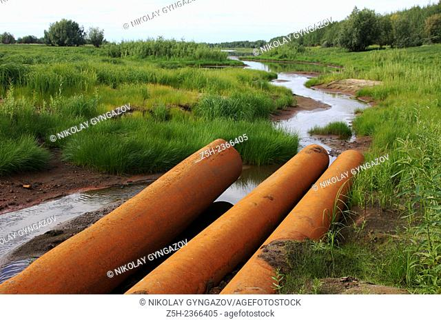 Khanty - Mansiysk Autonomous Okrug-Yugra. Contamination of water area