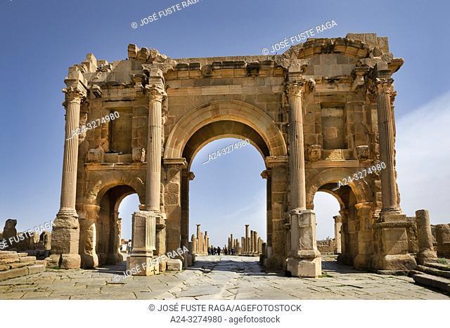 Algeria, Timgad City, Roman ruins of Timgad, UNESCO, (W. H. ), ecumanus msenu and Trajan's Arch