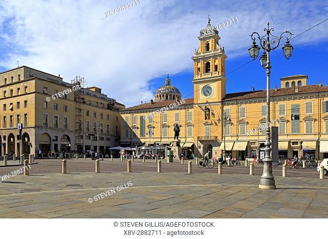 Governor's Palace, Palazzo del Governatore, Piazza Giuseppe Garibaldi, Parma, Emilia-Romagna, Italy, Europe