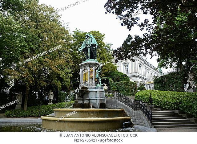 Le Petit Sablon Square, Statue of Egmont and Horne, Brussels, Belgium, Europe