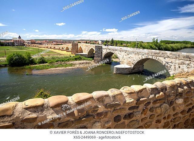 Puente del Passo Honroso in Hospital de Orbigo, Way of St. James, Leon, Spain