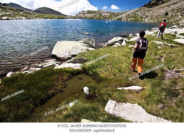 Lagos del Pessó. Provincia de Lleida. Cataluña. Pirineos. España. Europa