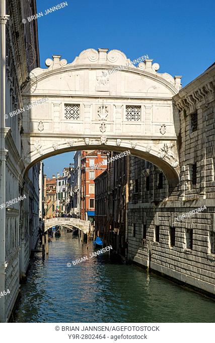 Ponte dei Sospiri - Bridge of Sighs, Venice, Veneto, Italy