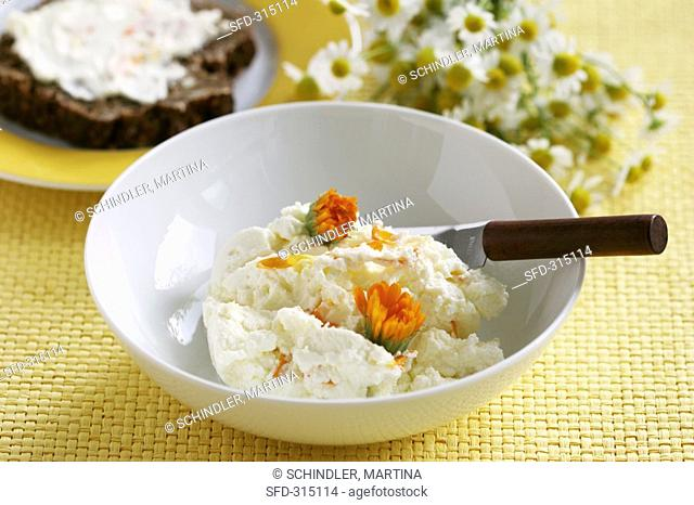 Quark with ginger and marigolds