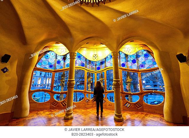 Casa Batlló by Antoni Gaudí architect 1904-1906, Passeig de Gracia, Barcelona, Catalonia, Spain
