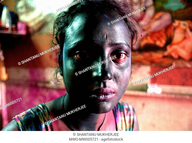 Inebriation on the day of Holi, the Hindu spring festival of colours turns Sumi introspective Her red-rimmed eyes gaze into a future that seems to fade like a...
