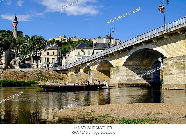 Bridge over the Vienne River, Chinon, Indre et Loire, Centre, France, Europe