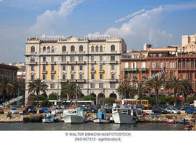 Italy, Sardinia, Cagliari, buildings along via Roma