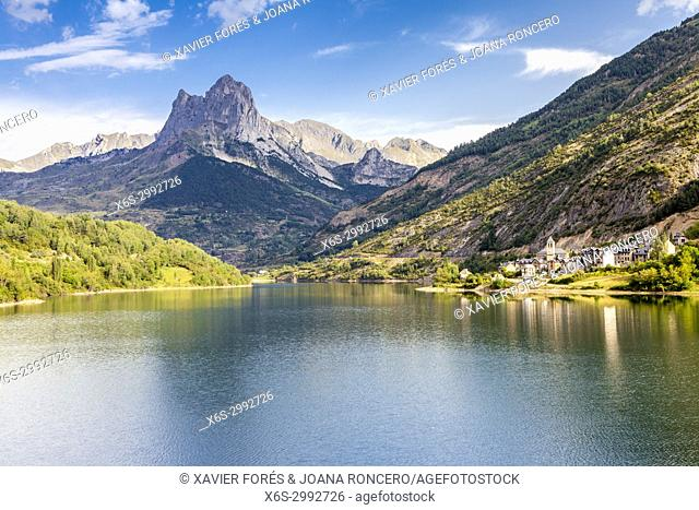 Reservoir and village of Lanuza, Tena valley, Pyrenees, Huesca, Spain