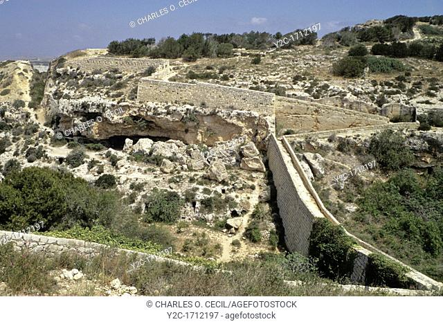 Bingemma Gap, Malta  Victoria Lines, a 19th Century Defensive Line against foreign invasion