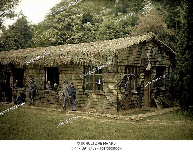 War, Europe, world war I, 1917, Europe, world war, color photo, Autochrome, F. Cuville, western front, department Aisne, France, Soissons, wooden hut