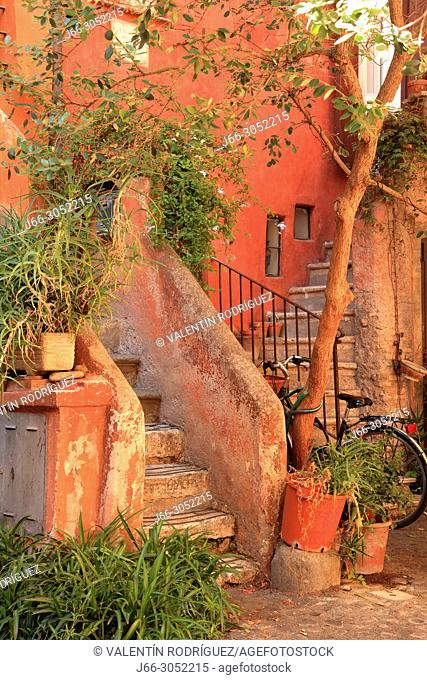 """""""""""Arco S. Margherita"""". Small courtyard near the the Piazza Campo de Fiori. Roma"