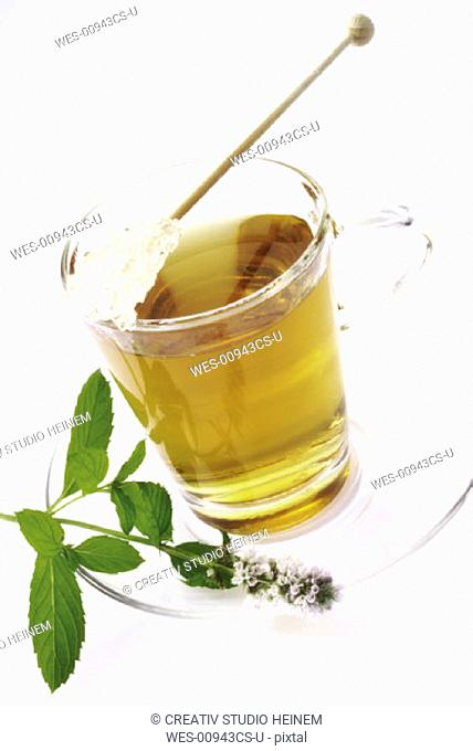 peppermint tea with fresh mint