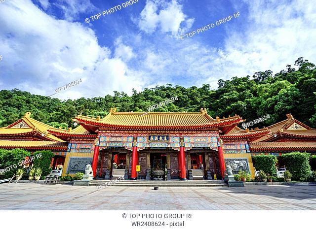 Taoist temple San Qing palace