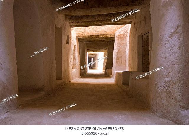 Cavelike walkway in the historic center of Ghadames, Ghadamis, Unesco world heritage site, Libya