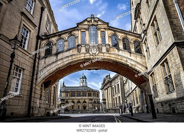 The Bridge of Sighs in Oxford, seen from street level